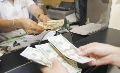 HOY / Terrible escenario: caída de remesas llegaría a US$ 167 millones este año