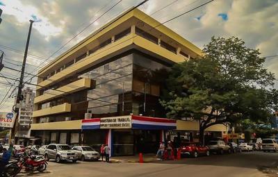 Ministerio de Trabajo aclara que subsidio del IPS no debe ser descontado a trabajadores