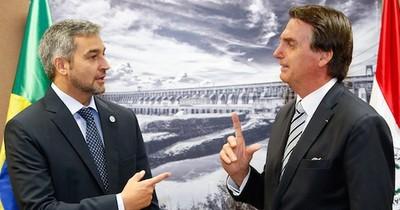 Bolsonaro defiende apertura de fronteras pero Abdo se niega, dice Folha