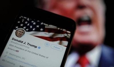 """HOY / Trump en guerra con Twitter y dice que """"le encantaría"""" eliminar su cuenta"""