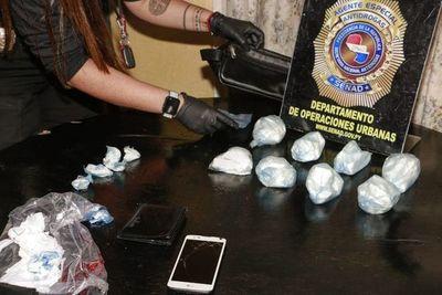 Incautan cocaína y aprehenden a supuestos distribuidores