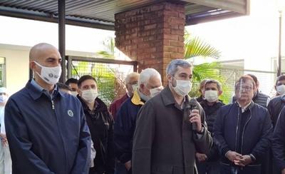 """HOY / ¿Será candidato a Presidente? """"No hago política partidaria, estoy cómodo en Salud"""", dice Mazzoleni"""
