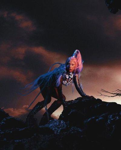 """Lady Gaga estrena """"Chromatica"""" y se reafirma como la reina del electropop"""
