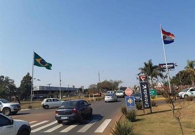 """Médicos de Ponta Porã preocupados por el aumento de casos de covid en Brasil: """"Tenemos una frontera muy vulnerable"""""""