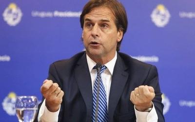 HOY / Envían a cuarentena a presidente uruguayo por contacto con un COVID-19 positivo