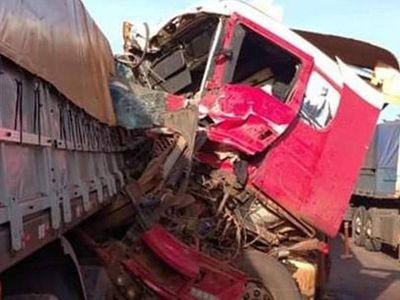 Triple choque en Caaguazú dejó solo daños materiales
