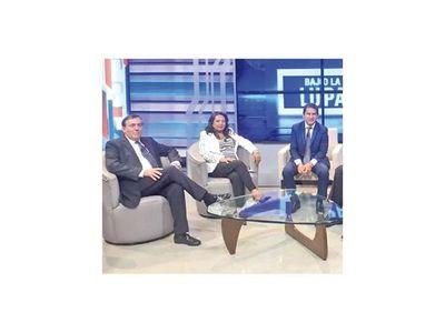 Carlos Báez vuelve mañana a NPY con el programa informativo  Bajo La Lupa