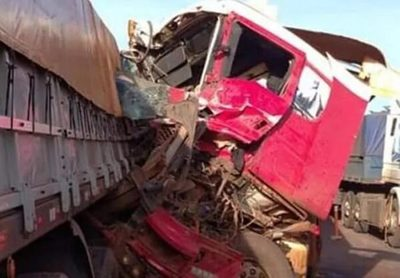 Triple choque en Caaguazú deja daños materiales