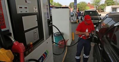 Comercialización de combustibles repuntó levemente