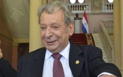 Senador Galaverna es hospitalizado en Asunción