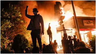 La violencia incendia todas las grandes ciudades de Estados Unidos