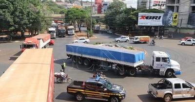 Protocolo para ingreso de camioneros regirá a partir de mañana