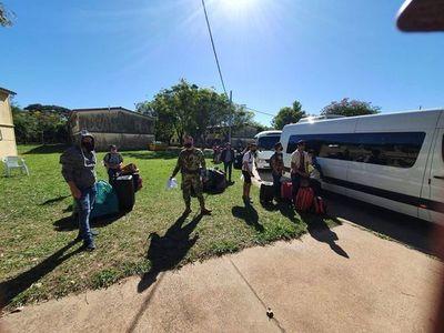 Unos 200 paraguayos que residen en EEUU retornan al país · Radio Monumental 1080 AM
