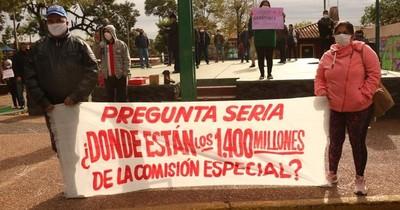 Ciudadanos de Ñemby se movilizan pidiendo la renuncia de Lanzoni