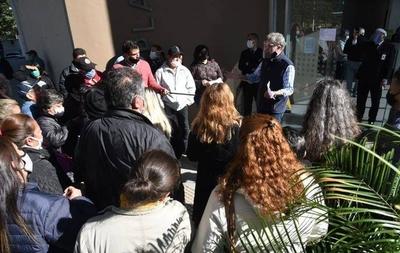 HOY / Paraguayos varados piden volver a Argentina: muchos tienen familiares enfermos