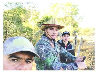 Tacuara arreó su ganado vestido de parapara'i