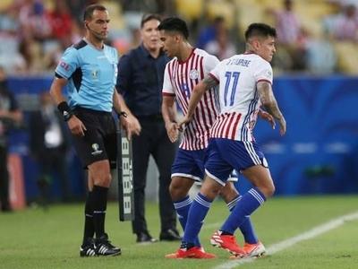 HOY / El fútbol paraguayo mantiene los tres cambios