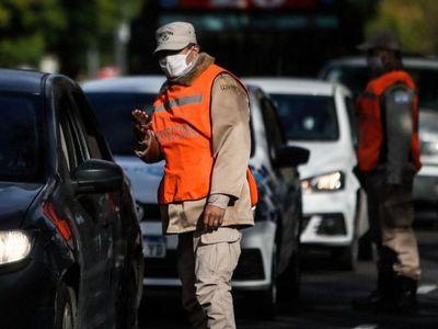 Buenos Aires seguirá en cuarentena para frenar virus