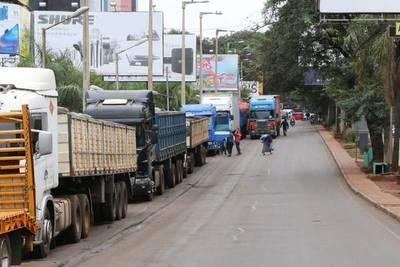 Entre 300 y 500 camioneros se someterán a test de COVID-19 por día – Prensa 5