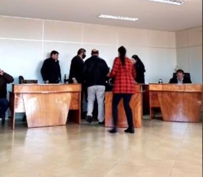 Concejal se desvanece durante sesión en Hernandarias