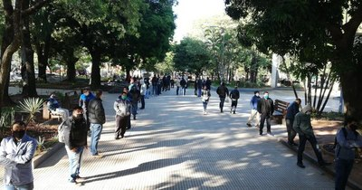Comparecencia judicial se realiza en la plaza frente al Palacio de Justicia