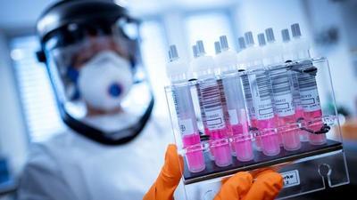 En julio estarían los primeros resultados de posibles tratamientos para Covid-19