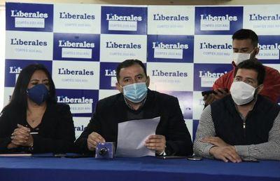 """Liberales califican de """"neoestronista"""" al Gobierno y aseguran que quieren acallar a Alegre"""