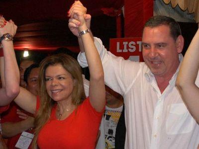 Suspenden audiencia preliminar de Zacarías Irún y Sandra McLeod