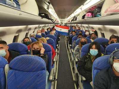 Más de 100 compatriotas ingresarán al país desde Bolivia