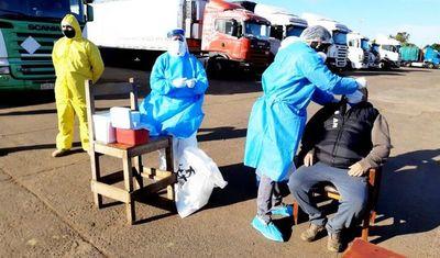 Camioneros: se les exige test de covid-19 y antiamarílica