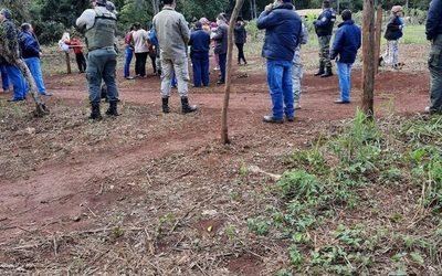 Intervienen propiedad de Itaipú invadida por supuestos sin tierras