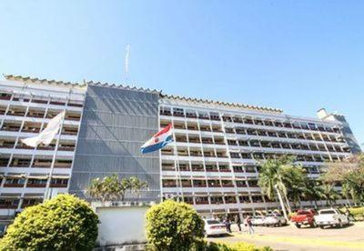 Titular de IPS aclara que la institución recibió solo 50.000 ampollas de medicamento de farmacéutica brasileña