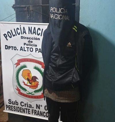 Detienen a precoz delincuente y recuperan moto robada