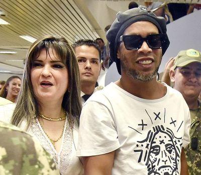 Gestores de prófuga Dalia piden 500 millones de guaraníes a cinco fiscales