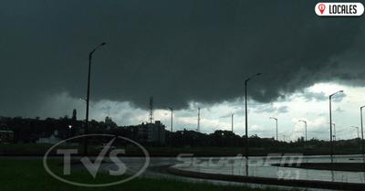Meteorología pronostica un jueves fresco con lluvias y tormentas