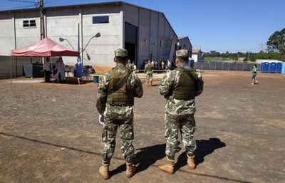 "Militar negó ""intercambio íntimo"", dice Sequera"
