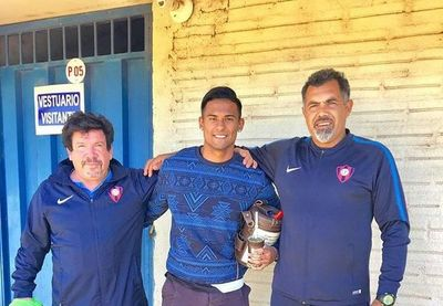Mencia: de haber jugado ayer en Costa Rica a pasar la noche en la Comisaria por el 'piki vóley'