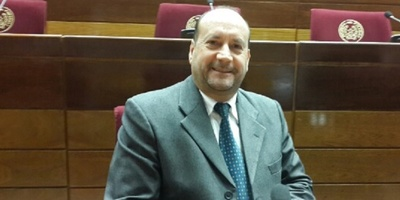 Eligen a Oscar Salomón como nuevo presidente del Senado