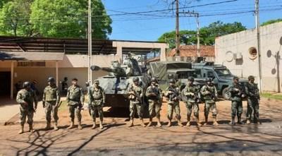 Militar con coronavirus fue imputado y se ordenó su detención, pero no se lo ubica