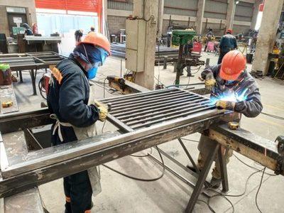 Sector metalúrgico se reactiva con el 60% de su fuerza