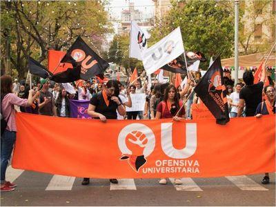 Universitarios piden un subsidio de aranceles y plan B a clases virtuales