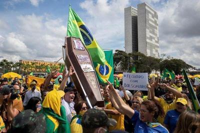 Brasil supera a Italia y es el tercer país con más muertos por Covid-19 – Prensa 5