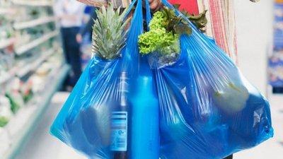 El urgente pedido de un juez sobre la disminución en el uso de bolsas de plástico en comercios