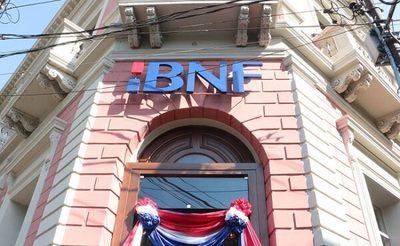 BNF cierra sucursal por funcionario con síntomas respiratorios