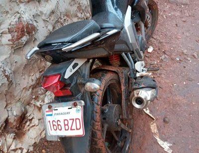 Recuperan motocicleta robada