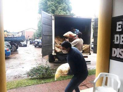 Pobladores del Departamento Central reciben 95.000 kilos de alimentos