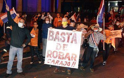 Fiscal cita a activistas tras la caravana anticorrupción