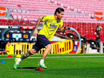 Messi y sus compañeros vuelven al Camp Nou