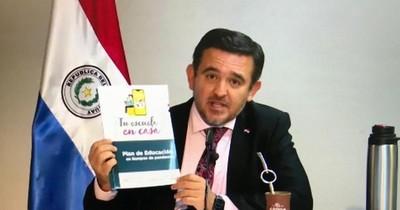 Comisión dictamina a favor del voto de censura contra Petta