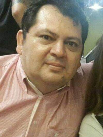 Rubén Rojas evita mostrar documentación respaldatoria